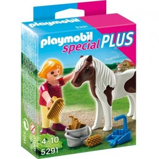 girl with pony کد5291